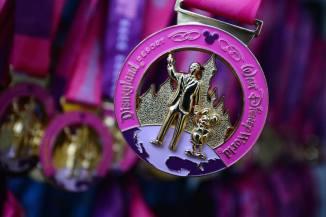Disney-Princess-Half-Marathon-Coast-Medal