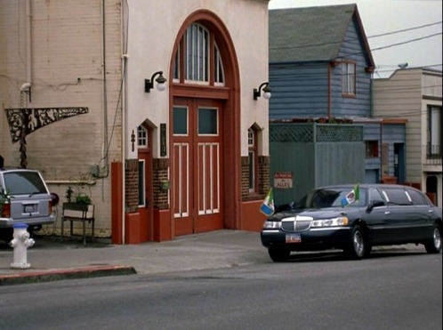 Exterior-of-Mias-firehouse-Princess-Diaries-2