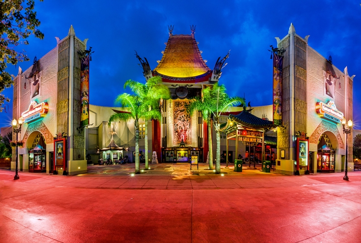graumans-chinese-theater-regular-dusk