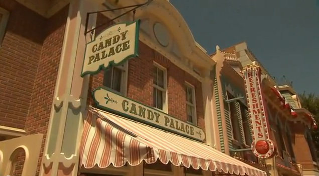 Candy-Palace-Disneyland.jpg