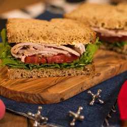 Woodys-Lunch-Box_Full_32484.jpg